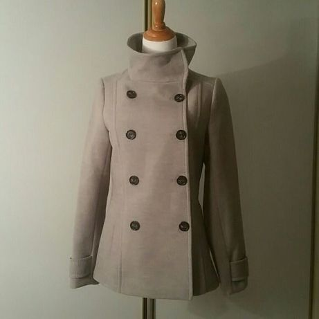 Palton h&m/ pardesiu/jacheta nou pe crem/bej cu nasturi cambrat