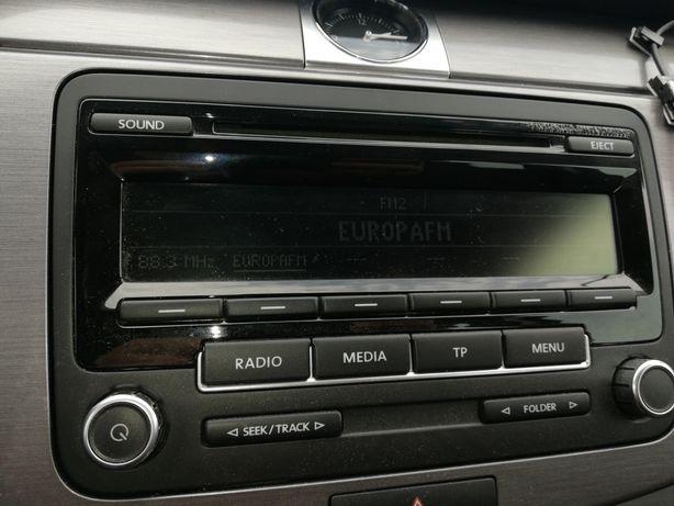 Radio cu CD auto Volkswagen 310 cu cod deblocare