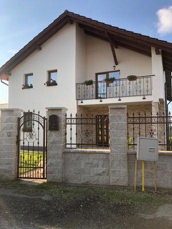 Vand casa zona Santuhalm