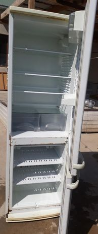 Продаётся холодильник Атлант двухкамерный двойной мотор в