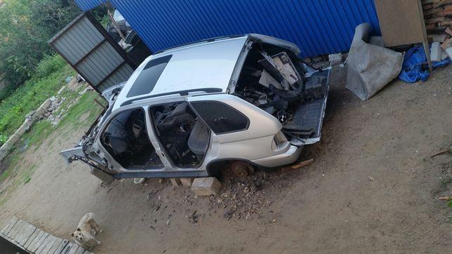 BMW X5 E53 кузов