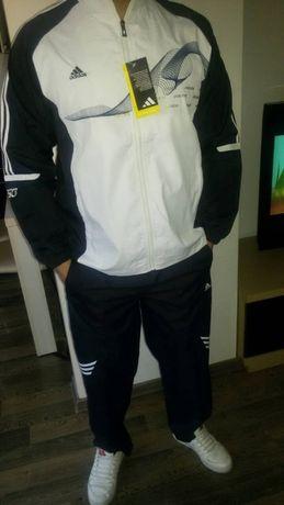 Мъжки спортни екипи Adidas