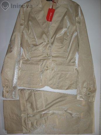 костюм Еtere- намален нов р. 42