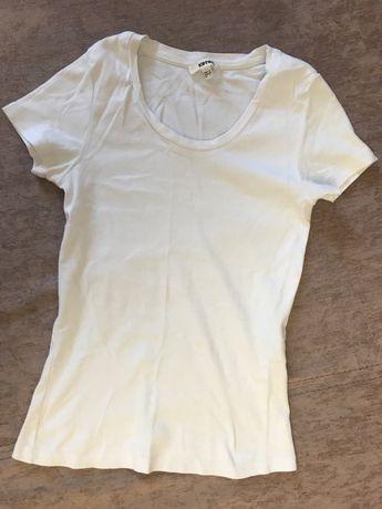 Белая футболка Koton 700 тг почти новая