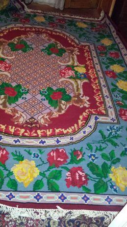 Ръчно тъкани килими и пътеки /чиста вълна/