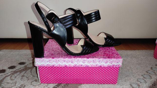 Sandale negre 39
