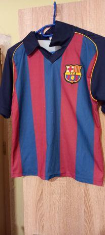 Vând tricou cu inscripții fotbaliști măsură Xs