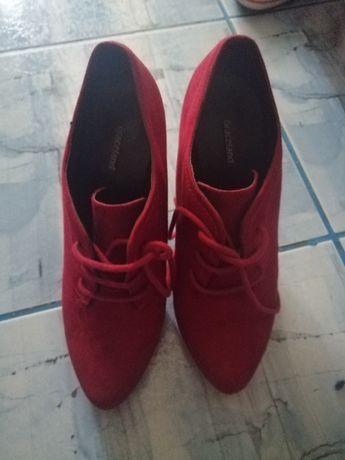 Incaltaminte pantofi