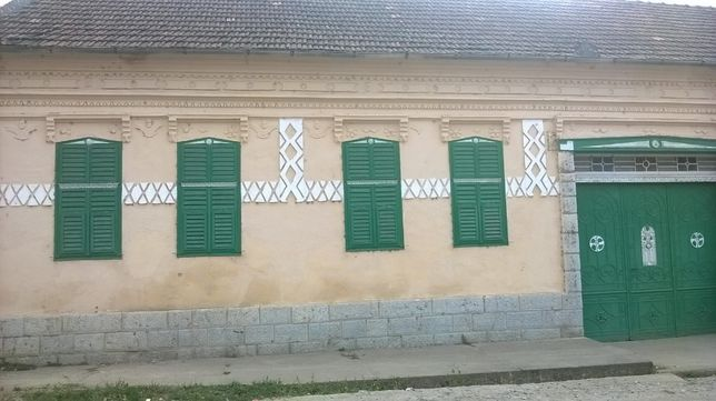 Casa 2 fronturi in Ciclova Romana (langa Oravita) - Caras Sever