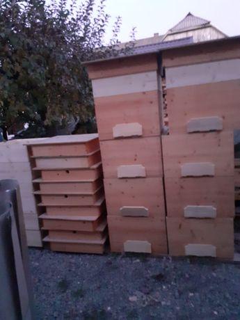 Lăzi pentru albine