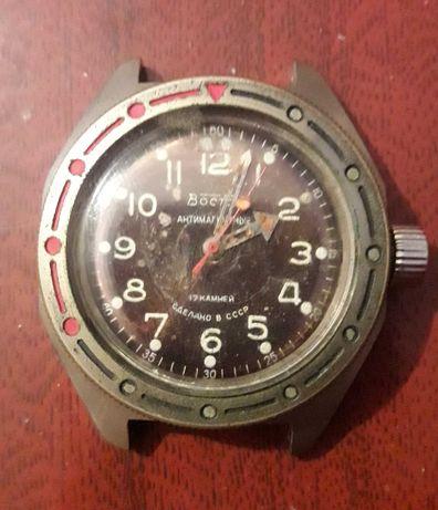 Часы механические. Две штуки. СССР