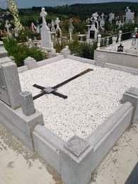Sc rafcol srl executa lucrari funerare