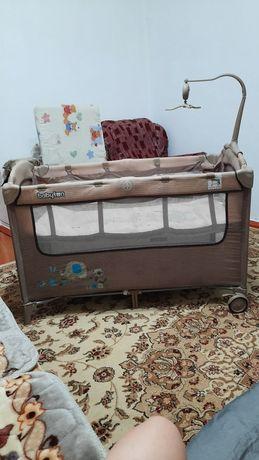 Продам кроватку манеж
