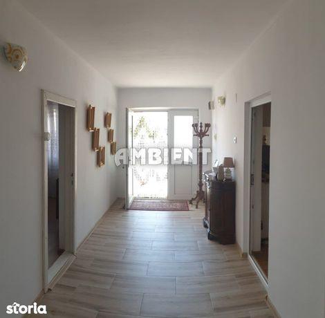 Casă individuală + garaj, zona Moara Grecilor;