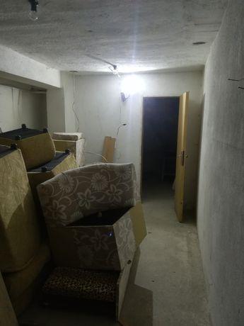 Склад гараж, топ център Стара Загора
