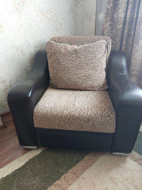 Продаю мягкую мебель , в хорошем состоянии.
