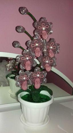 Ръчно изработени цветя от мъниста!