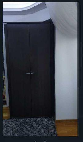 Шкаф двухдверный, темно-коричневый