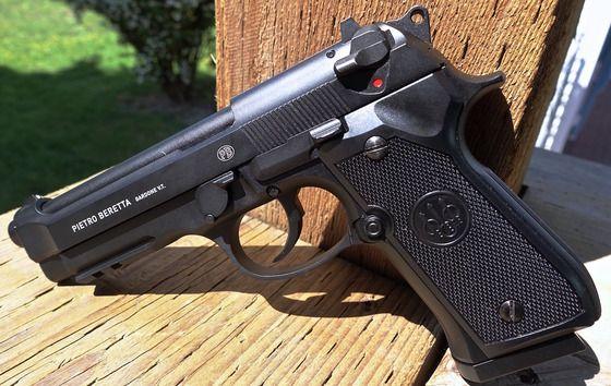 PISTOL-FOARTE PUTERNIC Airsoft Co2 Modificat Beretta M9 Aer Comprimat