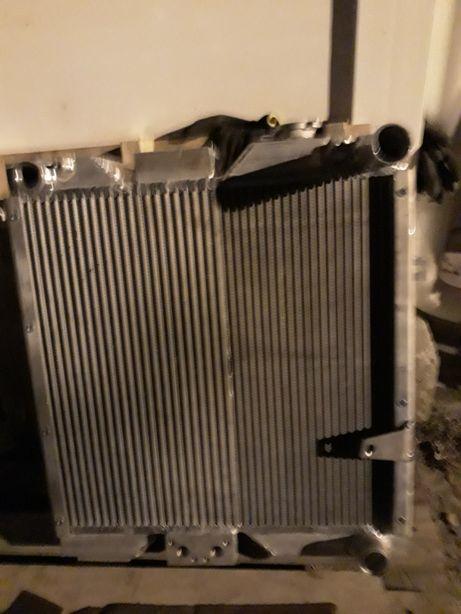 Radiator komatsu cu 3 compartimente