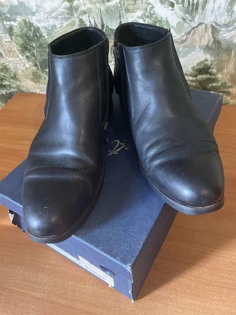 Кожаные полу ботинки Resrect yourself