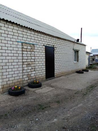 Продам дом в зачаганске, во дворе имеется 2хкомнатный домик газифициро