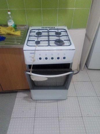 Газовая печка с духовкой  NORD продам дёшево!