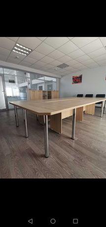 Стол и шкафы в комплекте для конференц зала