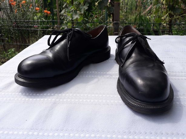 Solovair Made in England Dr Martens 43