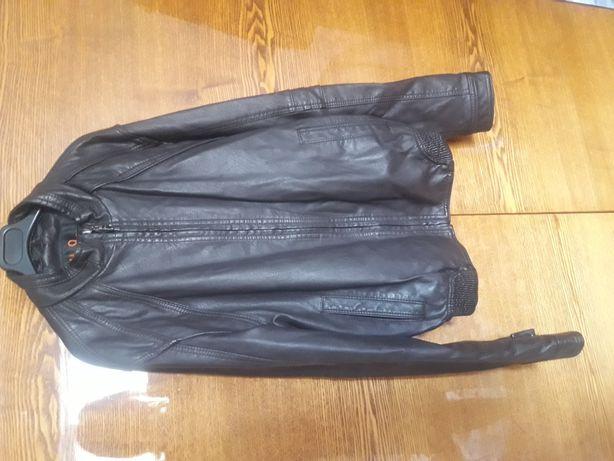 Куртка кожанная .