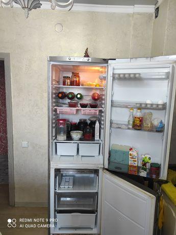 Холодильник. Бу двухмоторный.