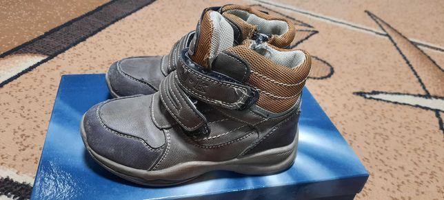 Детские  ботиночки. Размер 28