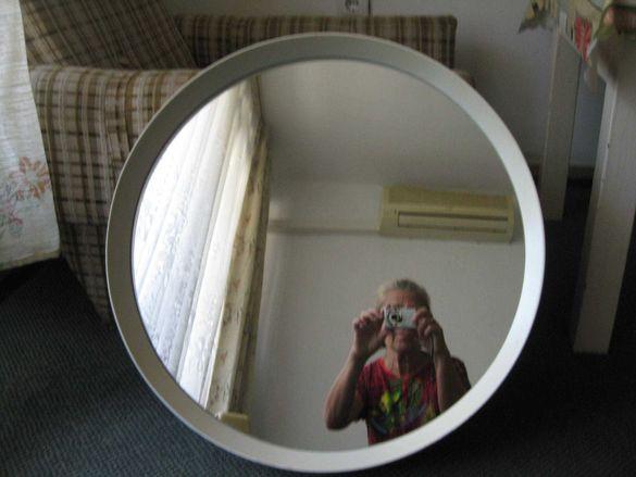 Огледало, салонно