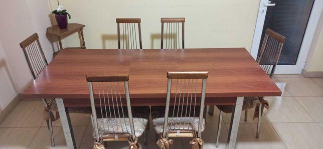 Set masă şi scaune