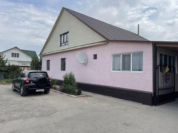 Продам добротный дом в поселке Жаңалық