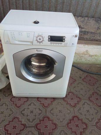 Продам стиралную машинку