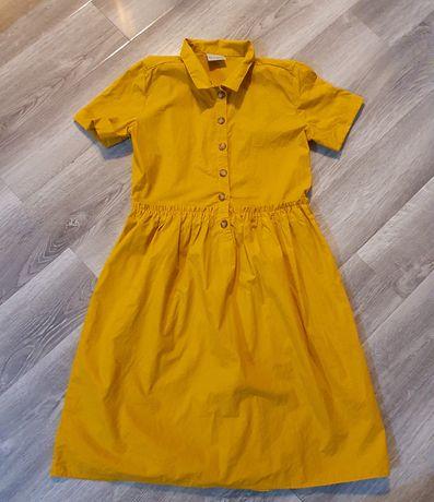 De vânzare rochie pentru fetițe.