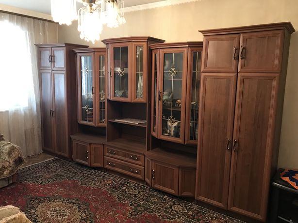 Продается Стенка и вся мебель, техника в квартире