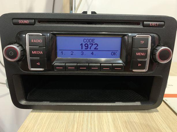 Radio CD MP3 RCD 210  Volkswagen Golf 5, Passat b6,Caddy, Touran etc