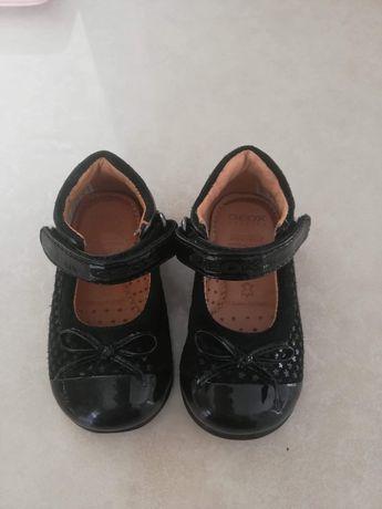 Geox бебешки обувки