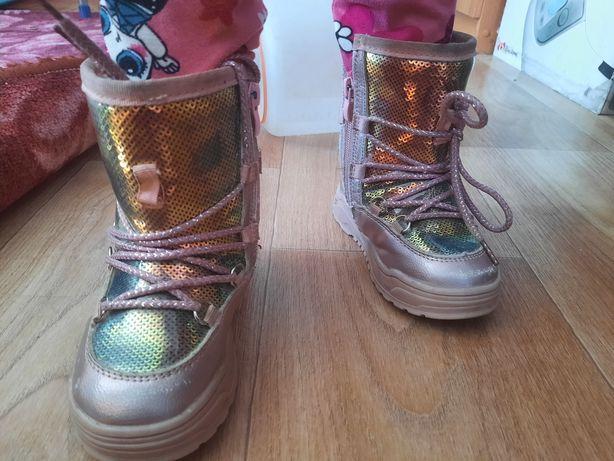 Детская обувь девочке