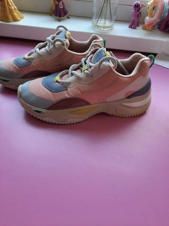 Zara,pantofi sport mărimea 34