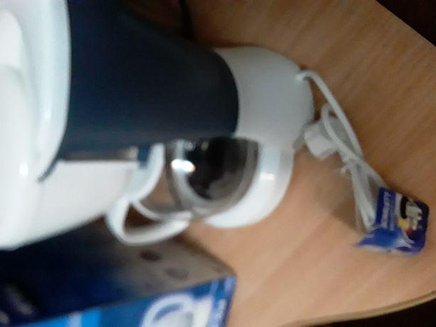 Продам кофеварку новую или обменяю на эл чайник новый в пред этой сумм