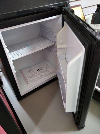 Мини Холодильник новый