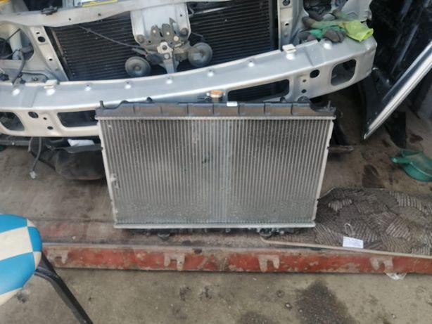 Радиатор охлаждения кондёр компрессор Ниссан/ Nissan Япония