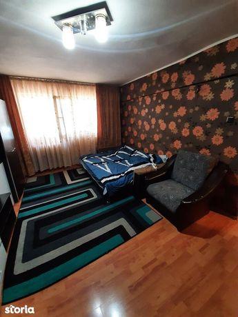 Apartament 3 camere, zona Primaverii, parter inalt, 65 mp, pret