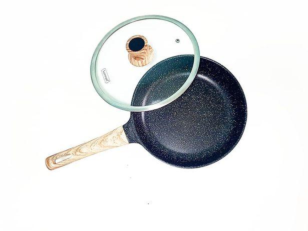 Сковородки д. 26см с каменный покрытыми  Бренд: Levan