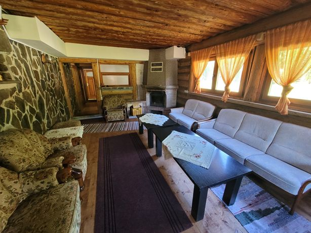 Închiriez cabana cu ciubar, munții Apuseni, capacitate 18 persoane