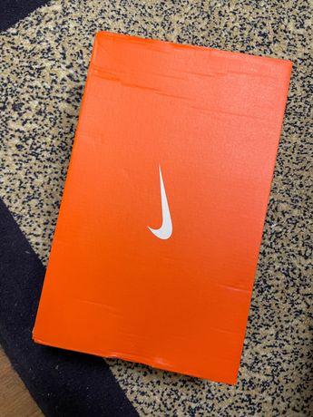 Сороконожки Nike Tiempo Legend 9