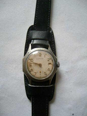 Мъжки Часовник ВОСТОК 17 Камъка Противоударен,Полезащитен